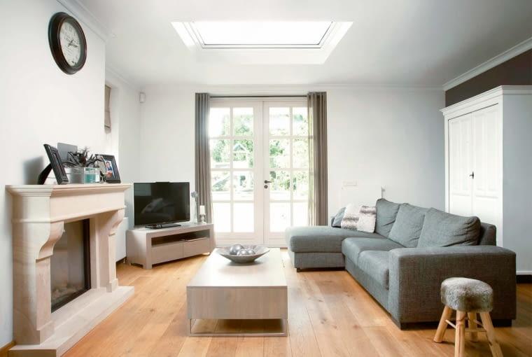 Współczesne okna do dachów płaskich charakteryzują się bardzo dobrymi parametrami termoizolacyjnymi oraz nowoczesnym wyglądem