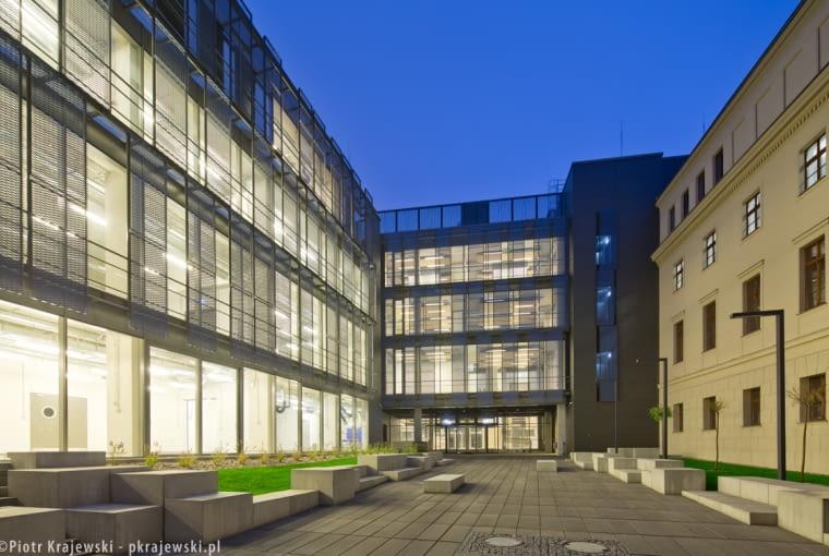 Poznański Uniwersytet Artystyczny po rozbudowie