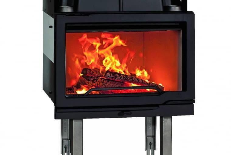 Jotul I 570 Flat/JOTUL AS | Model z DGP | materiał: żeliwo | moc min./znamionowa/maks.: 3,8/14/17 kW | ogrzewana powierzchnia: do 280 m2 | sprawność: 77% | paliwo: drewno; dopływ powietrza zewn. Cena (netto): 6590 zł, www.jotul.pl