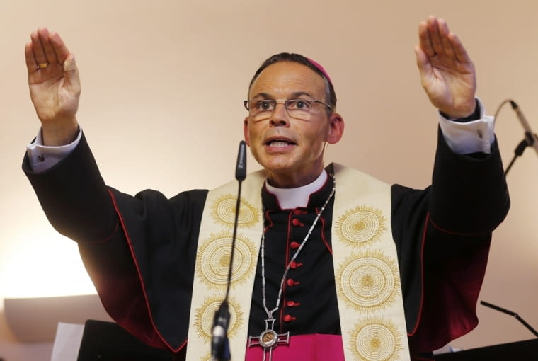 Franz-Peter Tebartz-van Elst, biskup niewielkiego Limburga w Niemczech