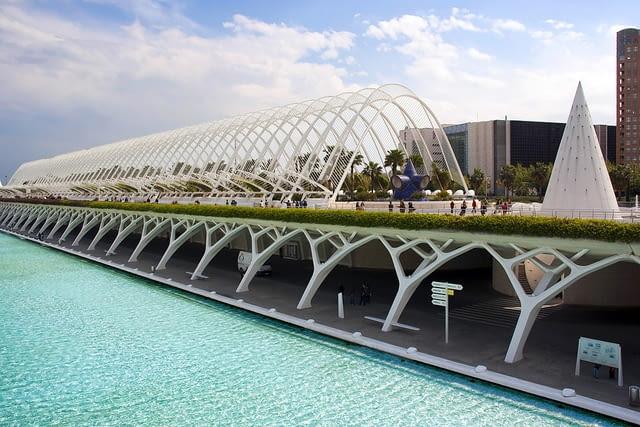 santiago calatrava,walencja,miasto sztuki i nauki