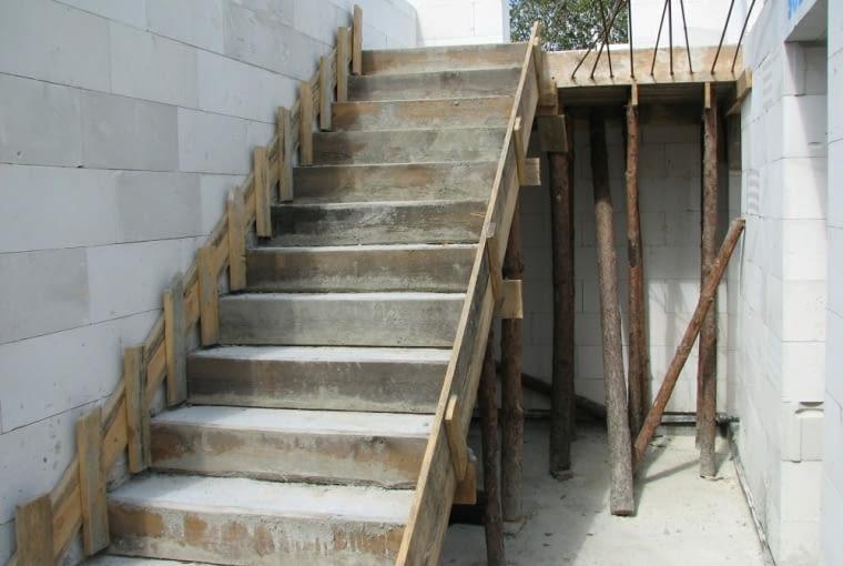 schody betonowe, schody wewnętrzne