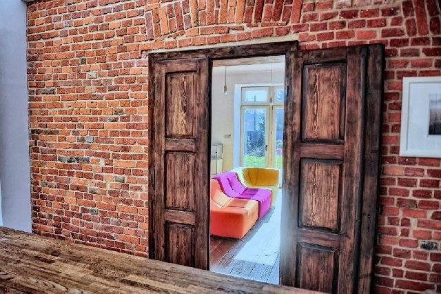 wnętrze domu,drzwi wewnętrzne,drewniane drzwi