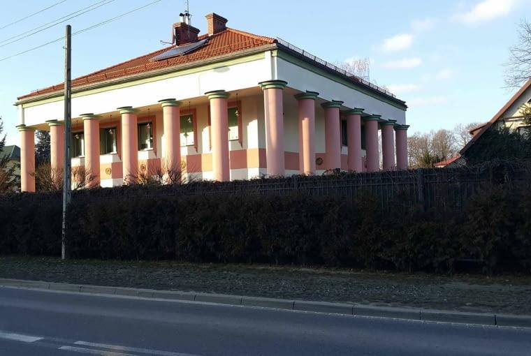 Dom Zeusa w podwarszawskiej Zielonce