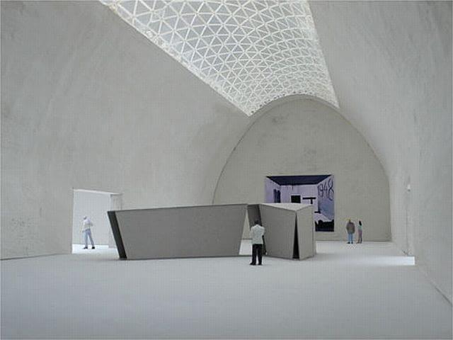 Pierwsze, koncepcyjne wizualizacje pochodzące z makiety muzeum. Widoczne łukowe, przeszklone sklepienie.