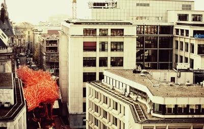 Gigantyczna instalacja w Brukseli. Arne Quinze
