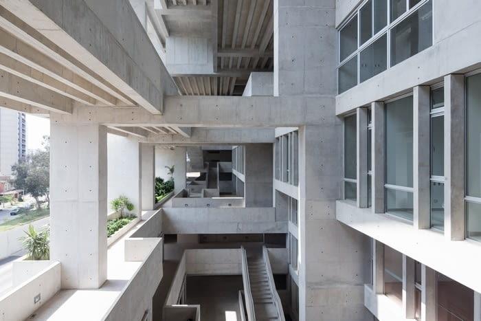 UTEC - Universidad de Ingenieria y Tecnologia, źródło zdjęcia: mat. pras. 2018 RIBA International Prize, www.architecture.com