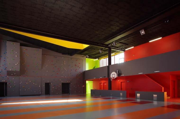 KOZ / saint-cloud 92 / centre de loisir & gymnase / architecte : Christophe Ouhayoun & Nicolas Ziesel / 16 juillet 2009