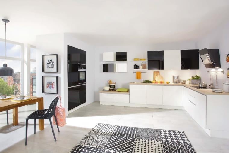 Meble kuchenne focus, wysokość szafek dolnych wraz z cokołem i blatem 93 cm. Na zamówienie. Verle Küchen