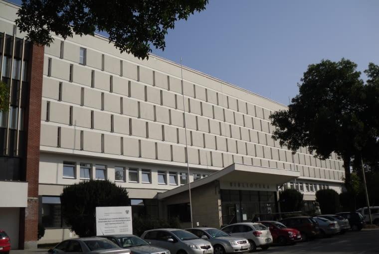 Wyróżnienie: budynek po termomodernizacji. Biblioteka Główna UMCS w Lublinie (projekt: Pracownia Projektowa Maxpol, realizacja: EDACH)