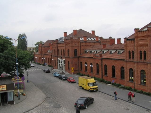Dworzec w Skierniewicach, źródło: Wikipedia