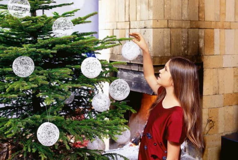 Bombki ze sznurka, święta Bożego Narodzenia, ozdoba choinkowa, dekoracje świąteczne
