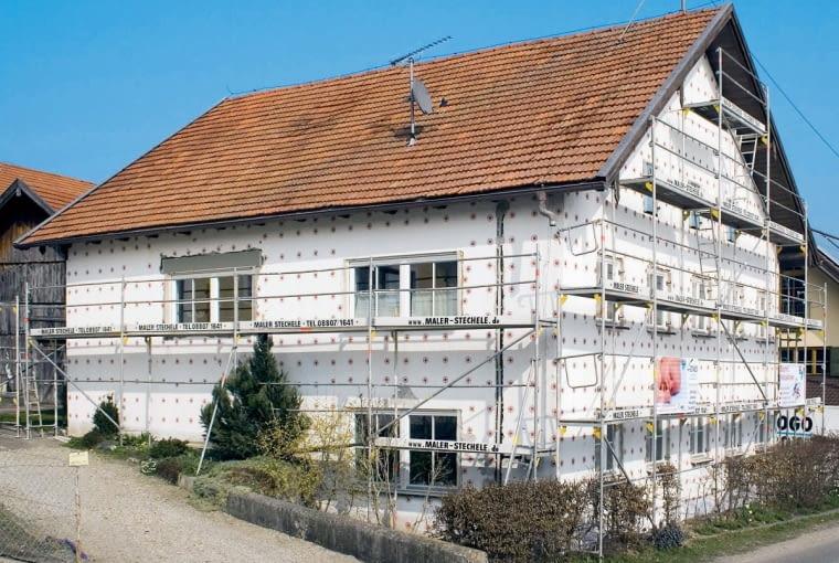 Nikt nie chce zamieszkać w budynku, który zużywając dużo energii, w dalszym ciągu byłby 'zimny', dlatego coraz rzadziej widzi się nieocieplone domy