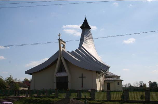 Kościół parafialny w Łukawcu