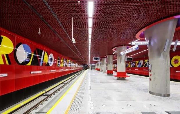 II linia metra, Warszawa