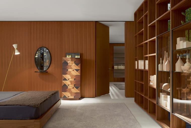Komoda Maggio zdobiona intarsją z trzech gatunków drewna: wiązu, akacji i dębu. Edycja limitowana (99 sztuk), Porro, porro.com
