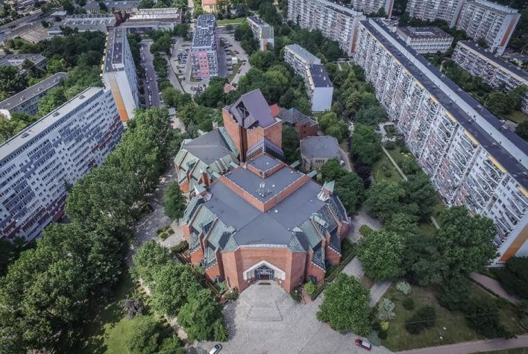 Kościół Marki Bożej Królowej Pokoju we Wrocławiu
