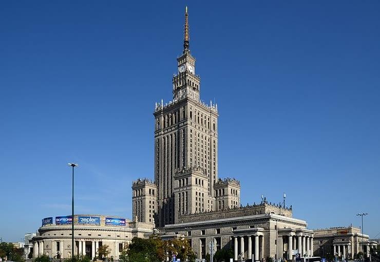 Pałac Kultury i Nauki w Warszawie, Lew Rudniew