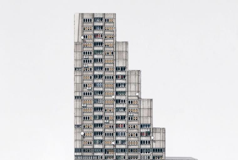 Brutal East - Komplet 7 wycinanek, poświęcony powojennej architekturze Europy Środkowo-Wschodniej