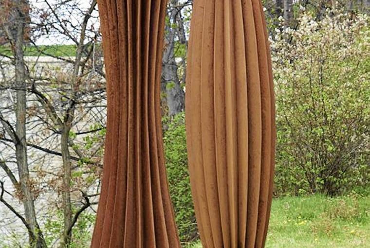 Corten stal się też materiałem wykorzystywanym w rzeźbie