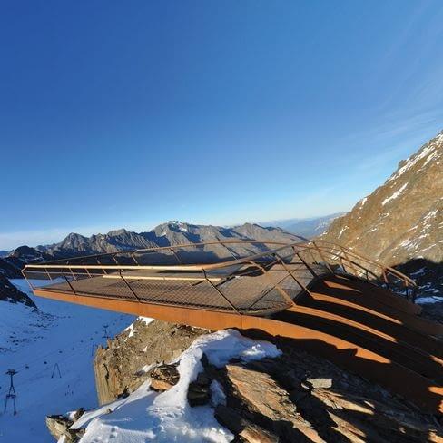 Taras widokowy Top of Tyrol, lodowiec Stubai, Tyrol, Austria, 2009, proj. Astearchitecture