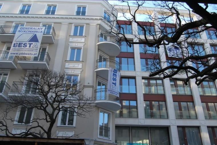 Apartamentowiec przy ul Pięknej w Warszawie, Bulanda Mucha Architekci.