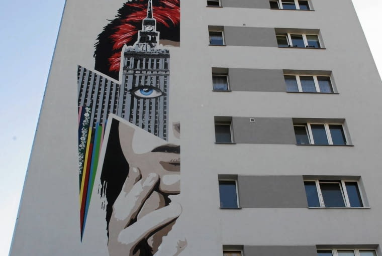21.04.2016 Warszawa . Mural Davida Bowiego . Fot . Przemek Wierzchowski / Agencja Gazeta