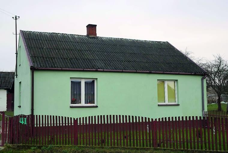 Domków z eternitem wciąż pełno od Bałtyku po Tatry - wymiana ich pokrycia będzie korzystna dla zdrowia mieszkańców i doda urody budynkom