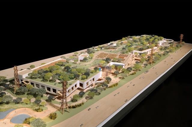 Makieta nowego kampusu FB projektu F.Gehry'ego.