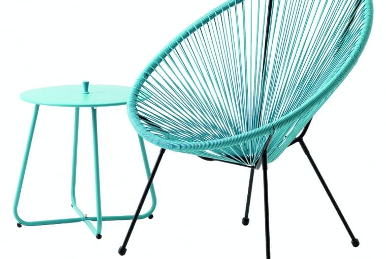 UHRE, stolik, stal, śr. 45 cm 89,95 zł; UBBERUP, krzesło, stal itworzywo sztuczne 199 zł Jysk