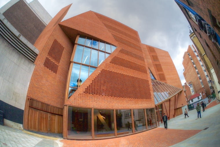 Saw Swee Hock Student Centre LSE w Londynie, Wielka Brytania, proj. O'Donnell + Tuomey
