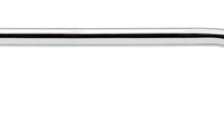 Zestaw podtynkowy. Bateria natryskowa podtynkowa Formentera; głowica natryskowa o ultrapłaskiej powierzchni i śr. 30 cm ze stali nierdzewnej; ramię natryskowe BD-300 o długości 30 cm. Cena: 269 zł (bateria); 299 zł (głowica); 129 zł (ramię) TEKA www.teka.com
