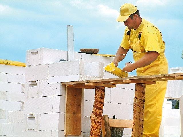 murowanie nadproża z kształtek U,beton komórkowy,budowa domu