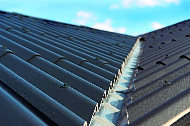 dach, pokrycie dachowe, płyty włókno-cementowe