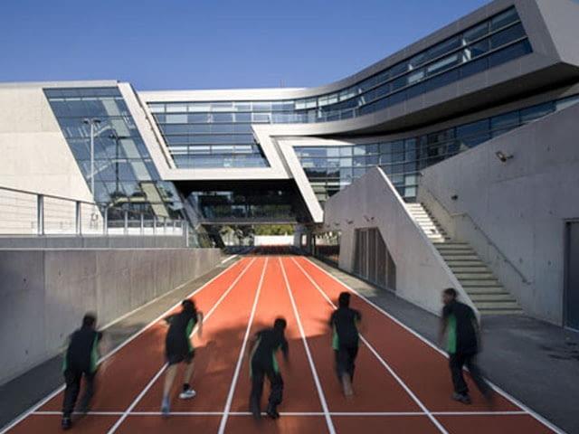 Zaha Hadid, szkoła, edukacja