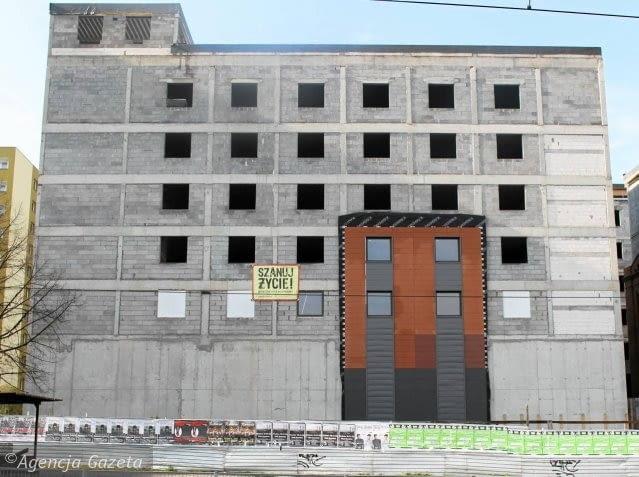 Wzorzec elewacji naniesiony na część kompleksu, w której powstanie hotel ibis Styles
