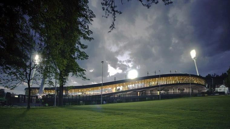 Stadion piłkarski w Mariborze, Słowenia, 1998-2008, proj. OFIS Architects