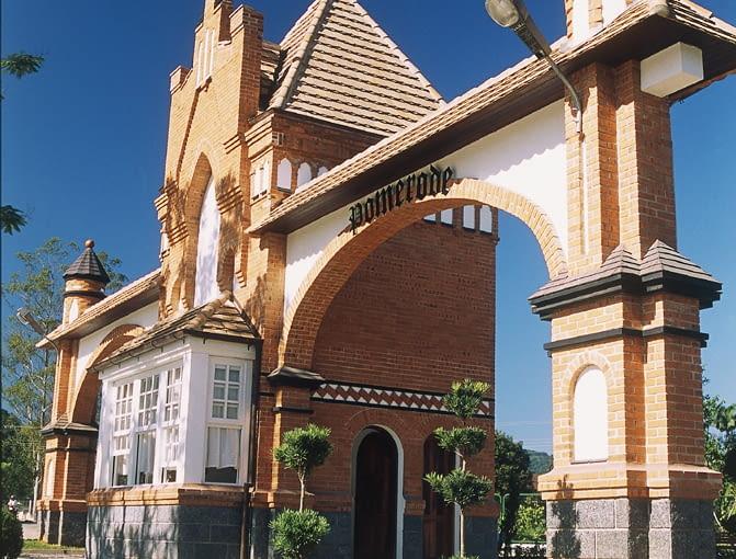 Skopiowana szczecińska brama w brazylijskim mieście Pomerode