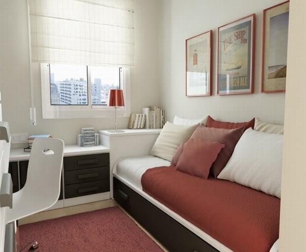 Pokój młodzieżowym z łóżkiem chowanym w szafie