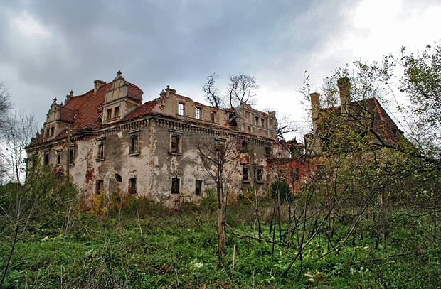 Dziewin - renesansowy dwór von Kanitzów z XVI w.