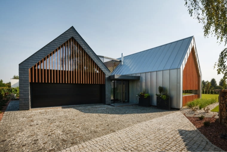 Dom dwie stodoły w Tychach