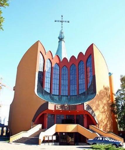 Kościół Św. Ducha we Wrocławiu (ul. Bardzka), foto: http://duchsw.archidiecezja.wroc.pl