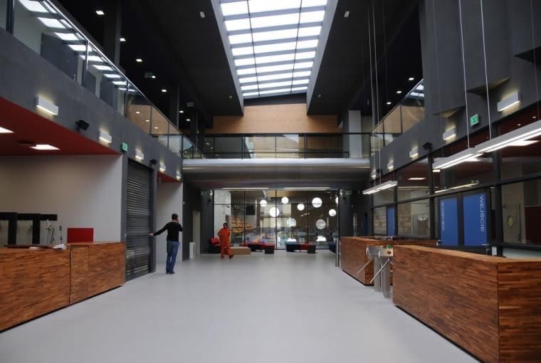 Pływalnia na terenie II kampusu Politechniki Opolskiej