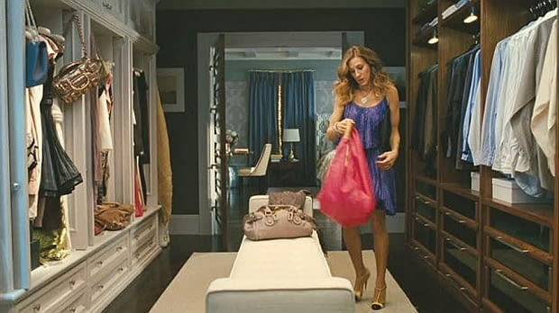 Sex w wielkim mieście, garderoba Carrie Bradshaw i Mr. Biga w nowojorskim apartamencie