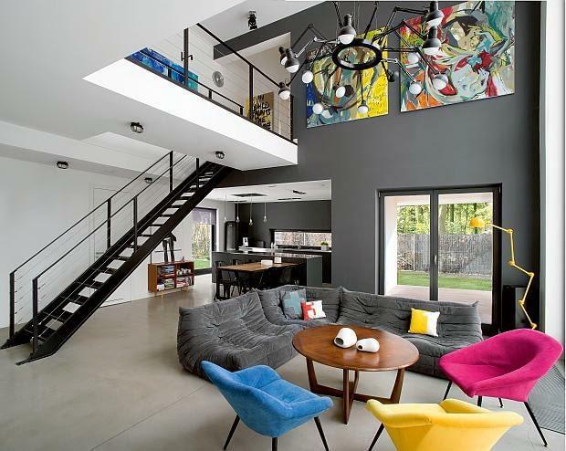 nowoczesny dom, realizacje domów, schody, salon, antresola