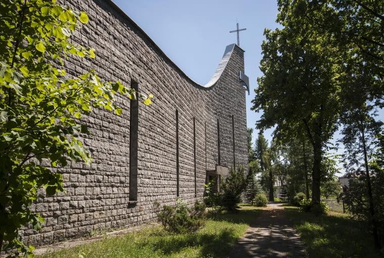 Kościół Matki Bożej Częstochowskiej w Rodakach