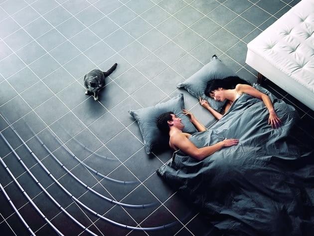 Ogrzewanie podłogowe można układać również w pokojach na piętrze