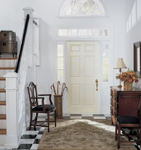 aranżacja wnętrz,wejście do domu,drzwi wejściowe,naświetla,hol wejściowy