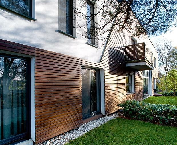 nowoczesny dom, realizacje domów, opaska, elewacja drewniana, elewacja