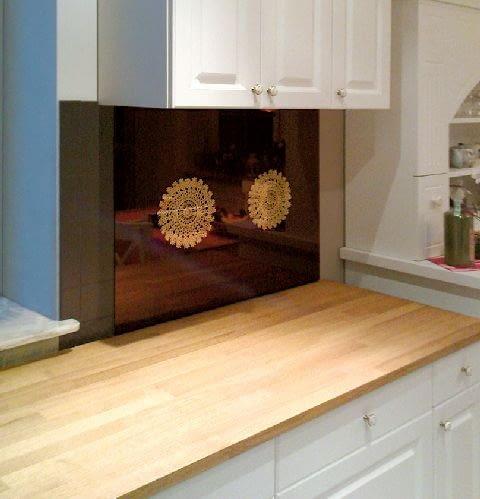Z laminowanego szkła można też tworzyć indywidualne dekoracje.
